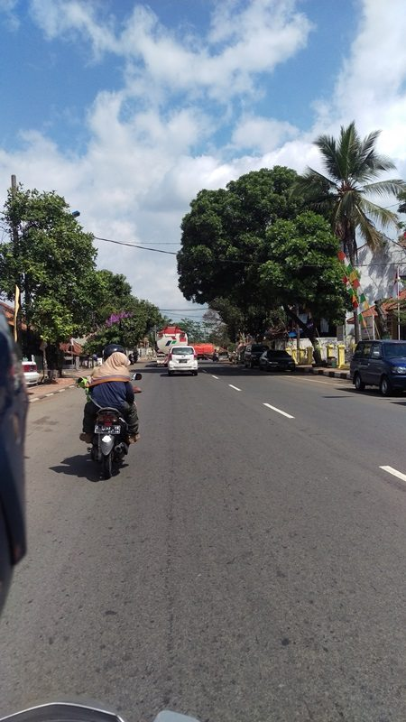 Travelling through Java on a motorbike